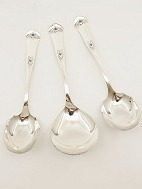Rosen serving 